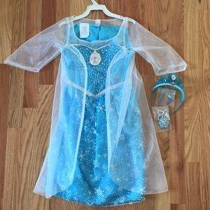 Beautiful, like new, Elsa dress tiara included
